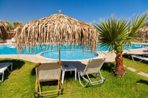 hotel vacances holidays pool piscine
