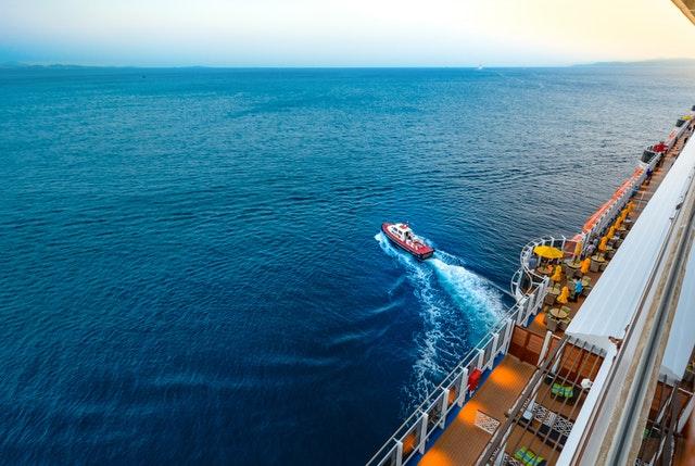 vue d'un bateau de croisière.